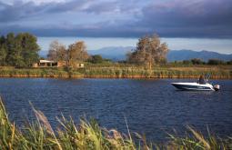 Fluvià i embarcació